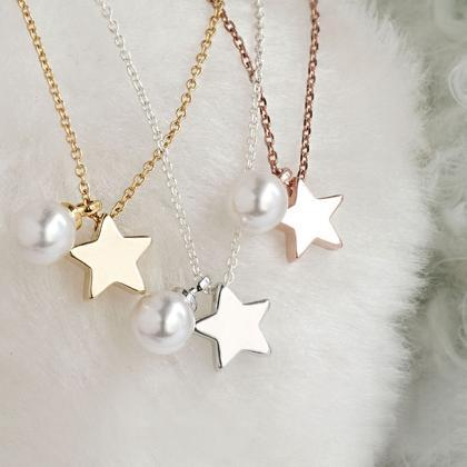 Tiny Star Pearl Necklace, Silver / ..